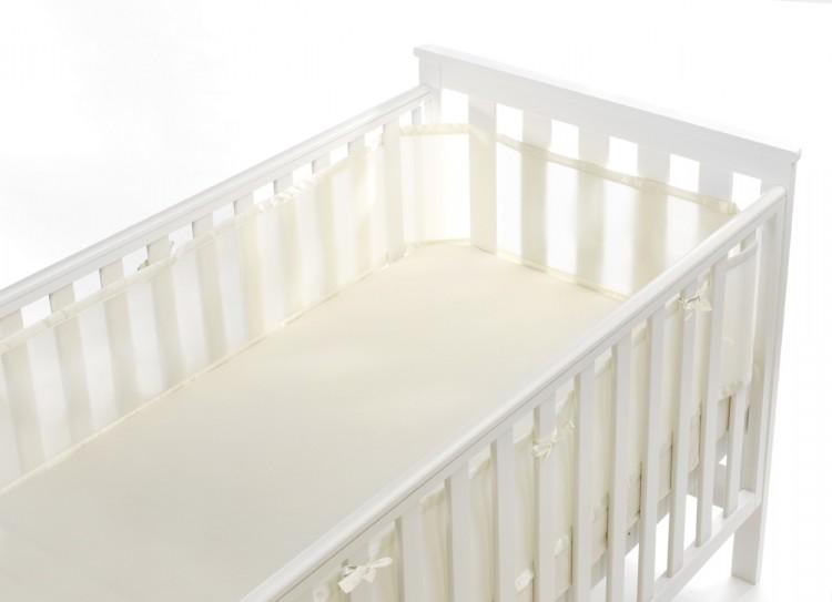 luftdurchl ssiges babynest f r gitterbetten schlafen. Black Bedroom Furniture Sets. Home Design Ideas